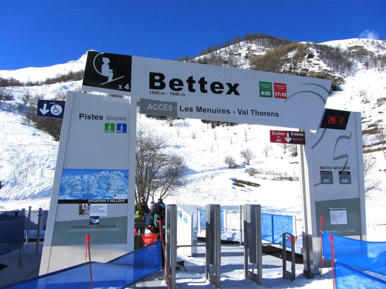 Chairlift station in le Bettaix