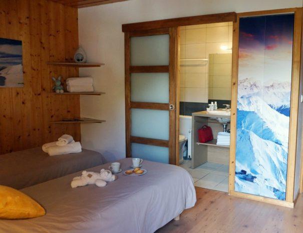 Chalet Snow Valley- en suite bedroom
