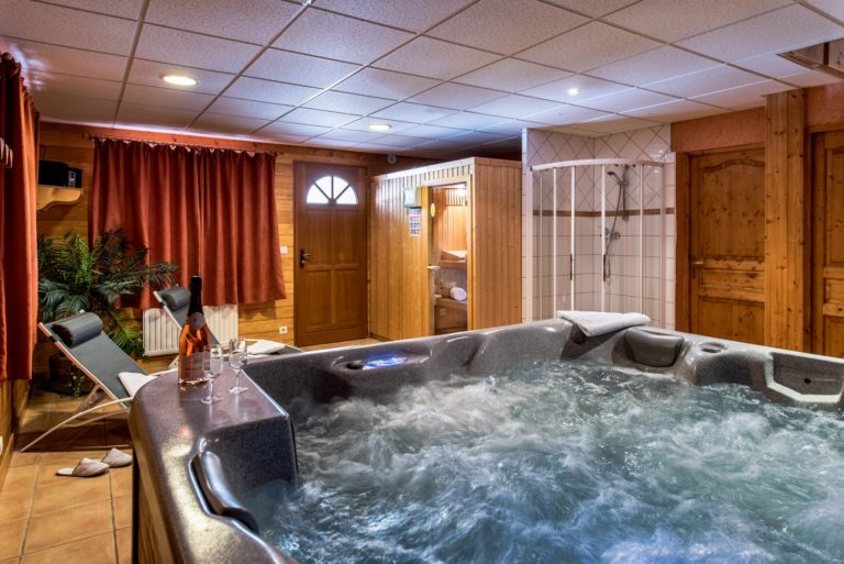 Indoor hot tub and sauna